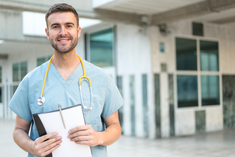 male-nurse-with-stethoscope-MBQ4P3Y-1